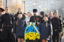 Уклін та шана героям-визволителям України Фото